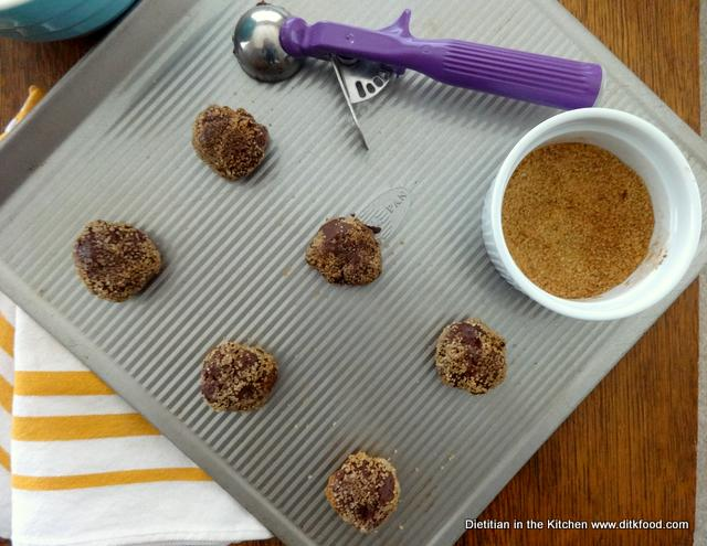 rolled-cocoa-cookies-1