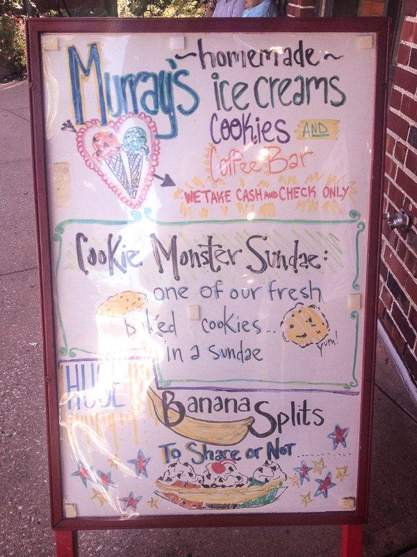 Murrays Ice Cream Sign