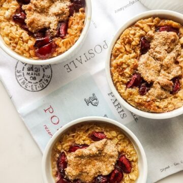 Baked Cherry Almond Oatmeal