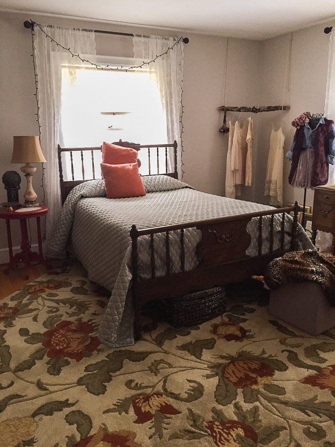 Room Transformation: A Vintage Blast from the Past