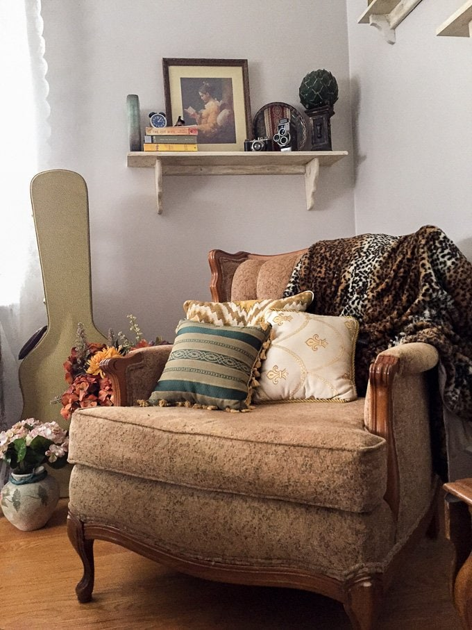 Reading Corner www.sweetcayenne.com
