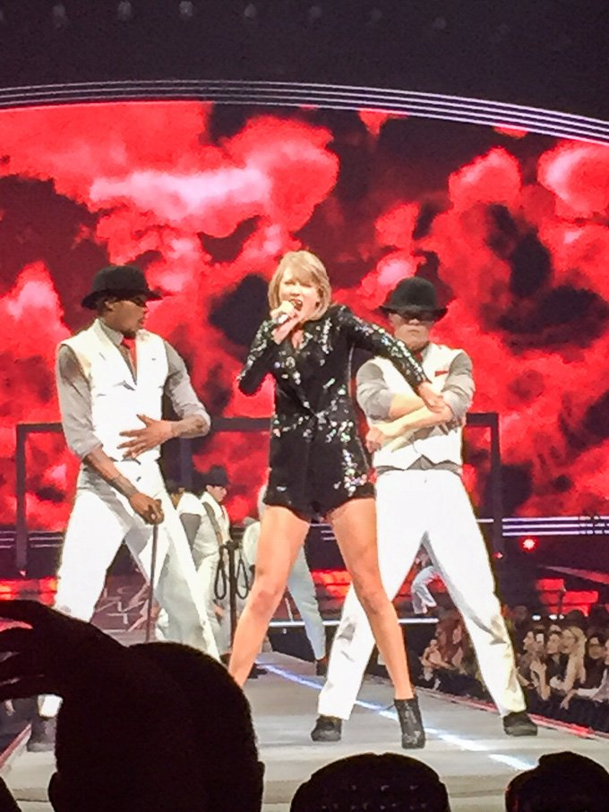 Recap of the Taylor Swift 1989 Tour in Omaha. NE