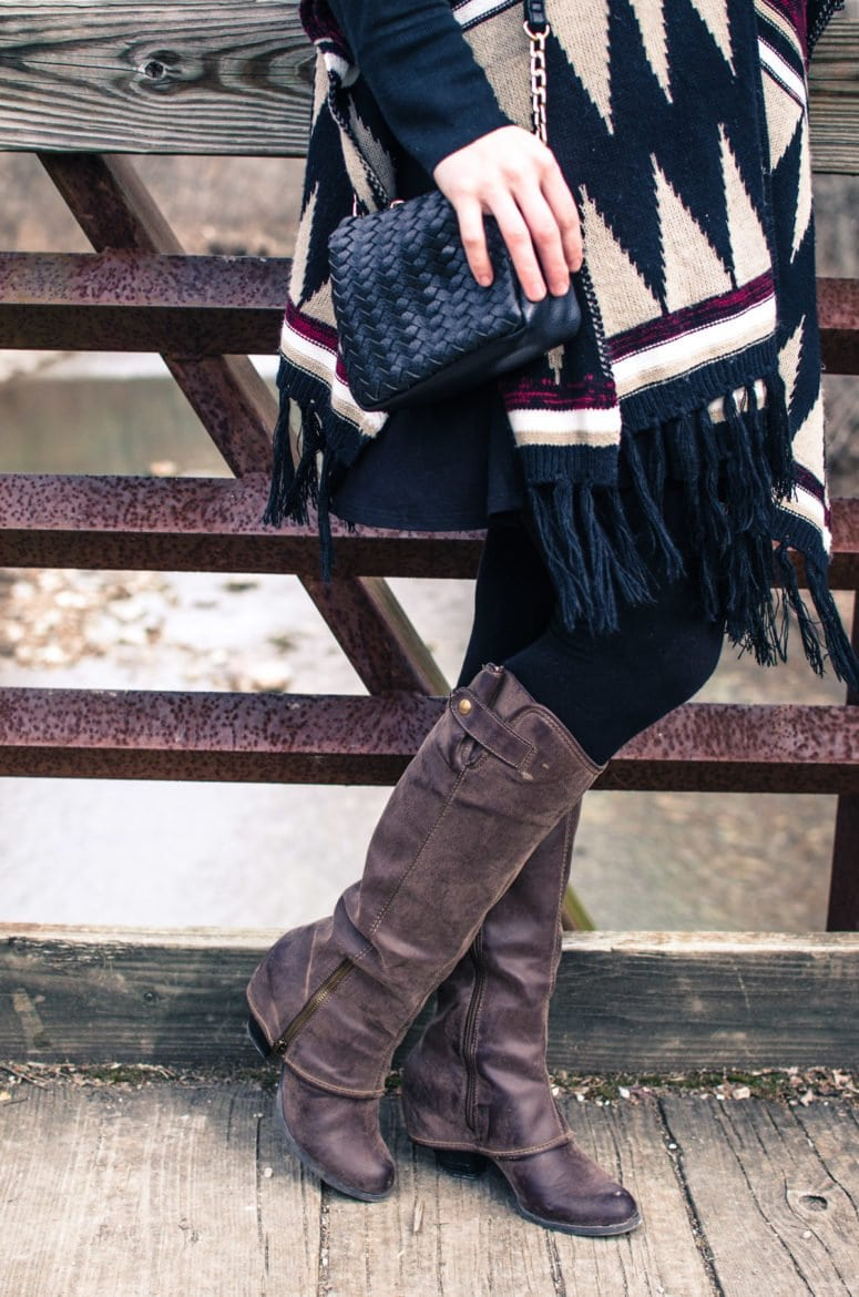 Pair a fun printed poncho with a flowing tunic, leggings, a small cross body and your favorite boots for a laid back weekend look.