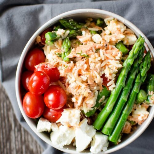 Perfectly roasted salmon is the starring ingredient in this gorgeous spring pasta salad that's perfect for a picnic or outdoor setting!