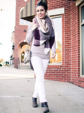 Yes, you can wear white jeans after Labor Day! This look features neutral taupe + white jeans + and a blanket scarf for crisp fall weather!