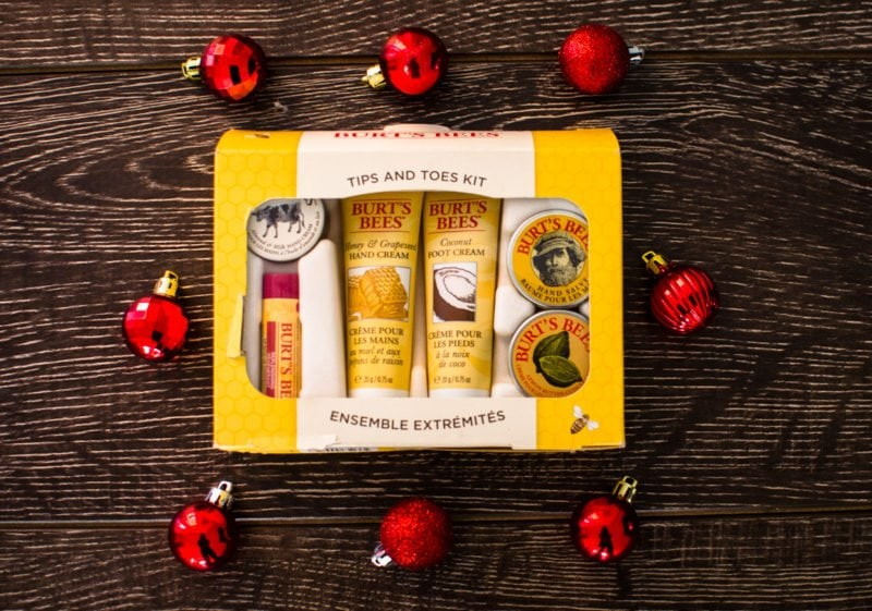 A holiday gift guide that will be perfectly suited for anyone on your list featuring all-natural, love-your-skin products from Burt's Bees!