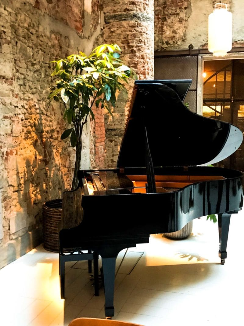A piano in the restaurant.