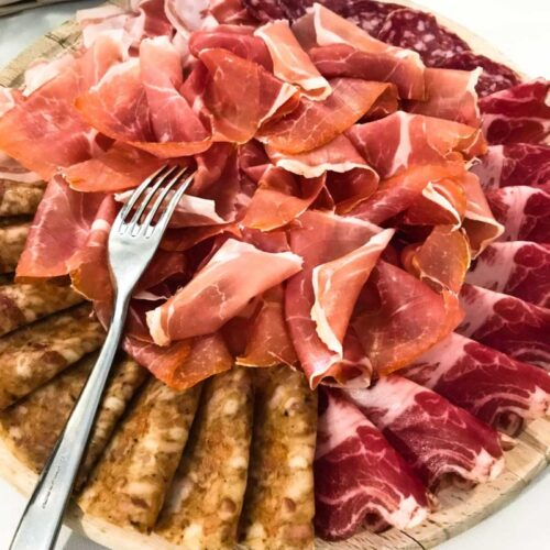A traveling foodie's guide to the Emilia-Romagna region of Italy - including what to taste in Parma, Modena, and Bologna! European travel guide and itinerary.