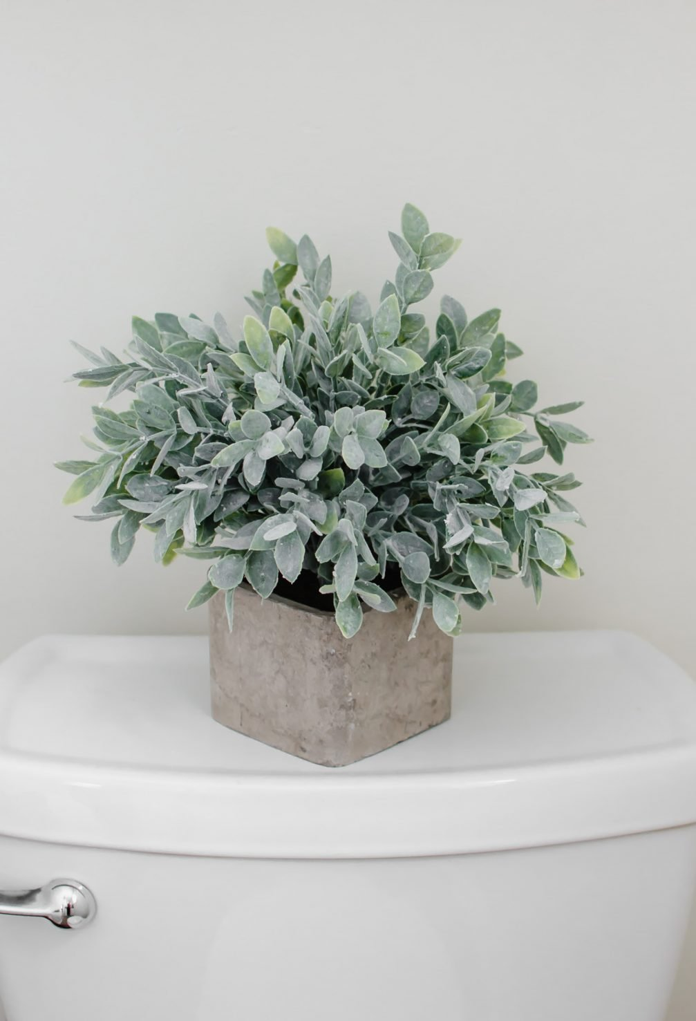 How To Incorporate Pinterest's 2018 Color, Sage Green